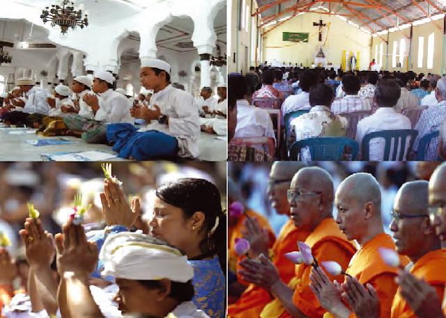 Umat beragama sedang melaksanakan ibadah menurut agamanya