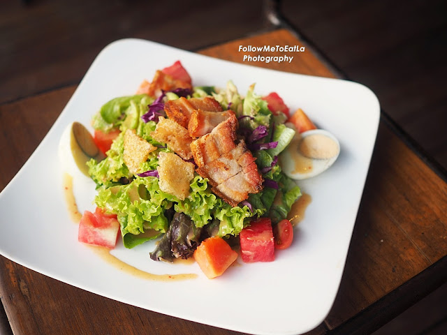 Signature Roast Pork Salad  RM 26