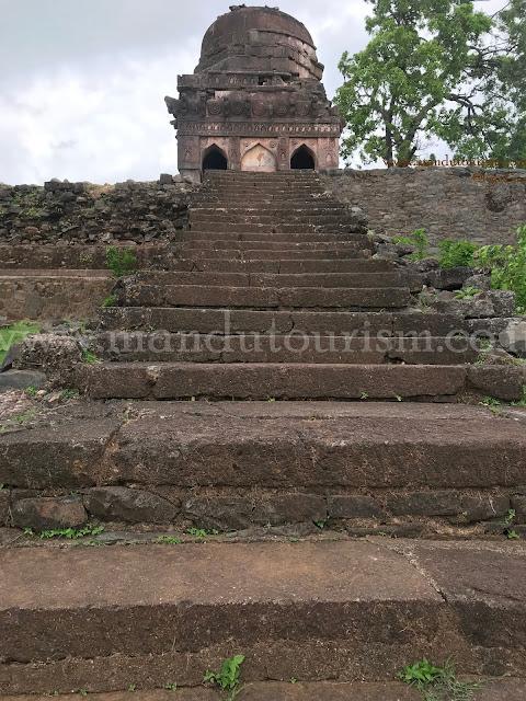 Information about Jali Mahal Mandu