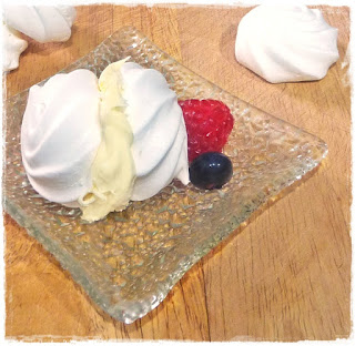 clotted-cream-filled-meringues