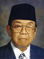 """Kata Bijak Hari Anti Korupsi   """"Saya bilang ke istri saya kalo saya mati karena melawan korupsi, nanti tulis di pusara saya Basuki Tjahaja Purnama mati adalah sebuah keuntungan kalo perlu pakai tiga bahasa Indonesia, Tiongkok dan Inggris, itu pun jika mayat saya ditemukan."""""""