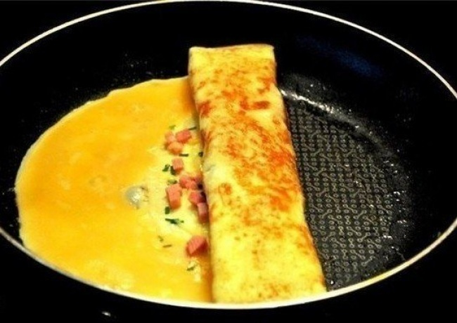 the legendary omelette in catalan