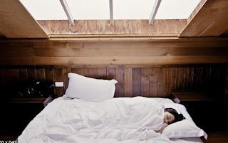 gambar Cara agar bisa tidur cepat waktu