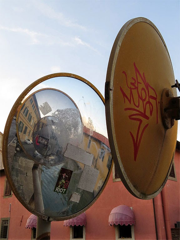 Vandalized traffic mirrors, scali del Vescovado, Livorno