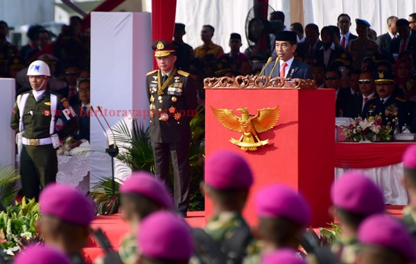 Presiden Jokowi Minta Polri Tingkatkan Profesionalitas dan Tak Cepat Berpuas Diri