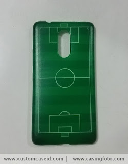 casing custom gambar lapangan bola