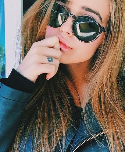 smart attitude girl