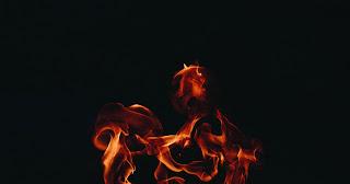 Ogień, który uwalnia. Ból, który leczy