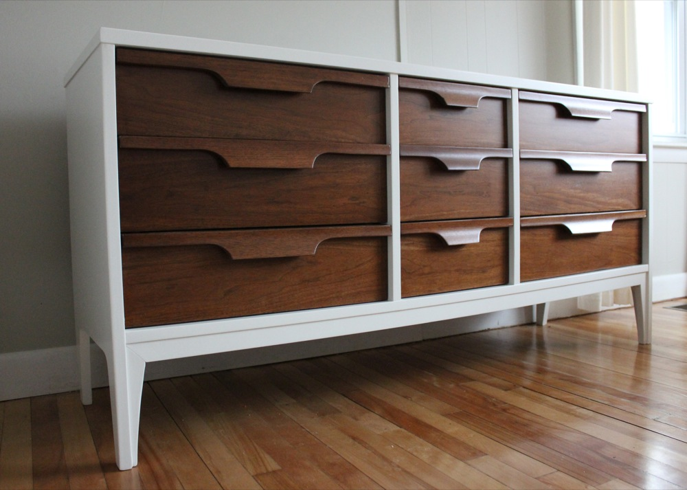 This Dresser Measures 62 1 2 W X 18 D 30 H Oh My An Obsession Is Developing We Heart Johnson Carper