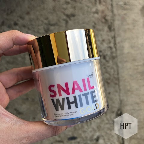"""Yes to Glowing Skin"" :  Snail White Gold Anti-Aging Moisturizer"