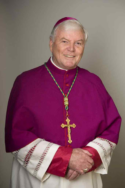 """Mons. Greg O'Kelly, administrador apostólico de Adelaide: """"nós não podemos mudar a natureza do confessionário, onde o sacerdote representa a Cristo"""""""