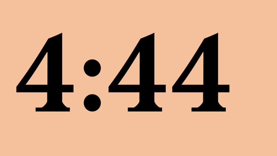"""Com vocais de Frank Ocean, Beyoncé e da mãe de JAY-Z, Gloria Carter, """"4:44"""" foi lançado nesta sexta-feira (30) no Tidal."""