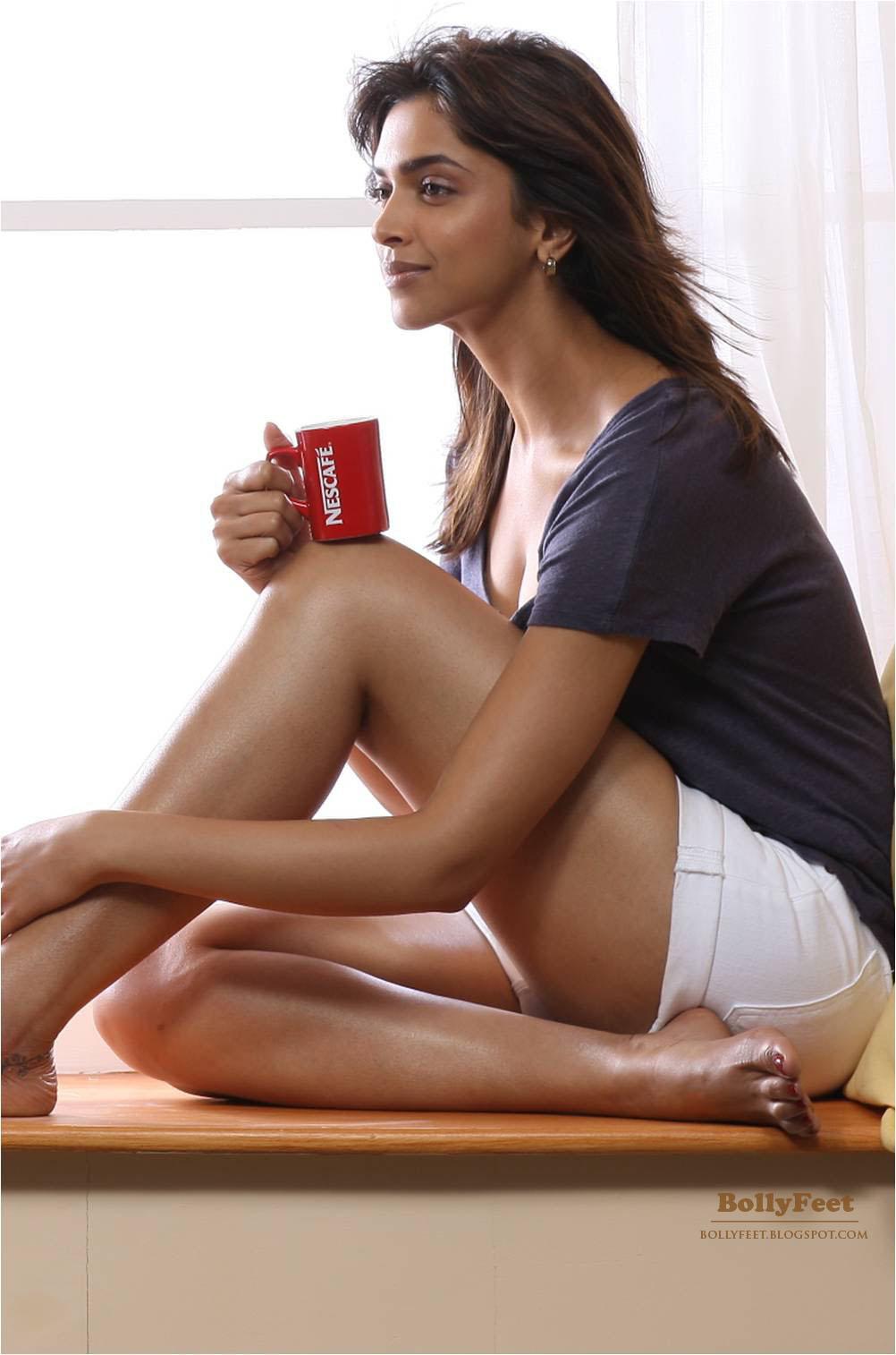 Celebrity Alert   Hot Celebrity Update: Deepika padukone ...