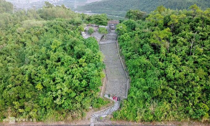 'Sky gate' links central Vietnam provinces