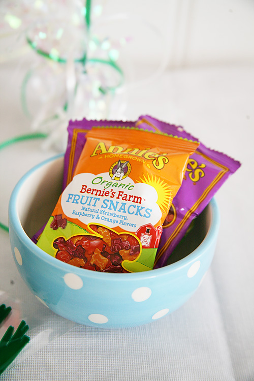 Bunny themed snacks for kids Easter party