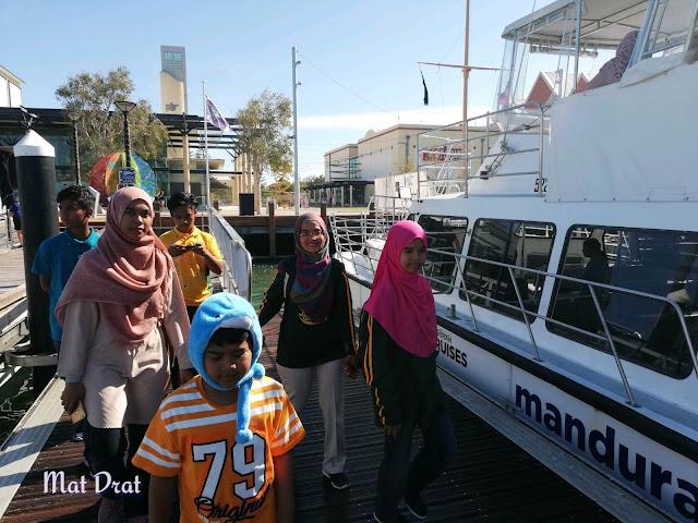 Mandurah Dolphin Watching Cruise Perth Terrace Canal