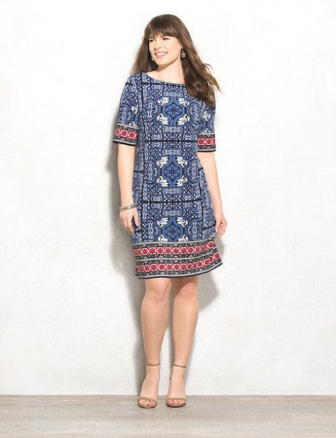 A strong print calls for moment style, and that is precisely what this dress does