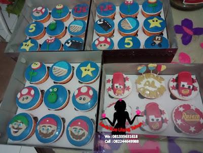 Pesanan cupcake ulang tahun buat di Mcd Sidoarjo