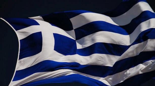 Με σημαίες στα μπαλκόνια η 25η Μαρτίου αντί για παρελάσεις και καταθέσεις στεφάνων