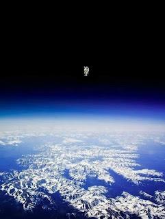 Con người trên Trái đất.