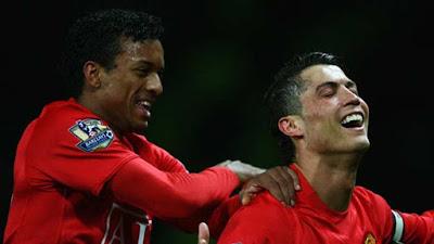 Ronaldo trở lại tập luyện cùng Juventus, đồng đội kể bí mật ở chung nhà 3
