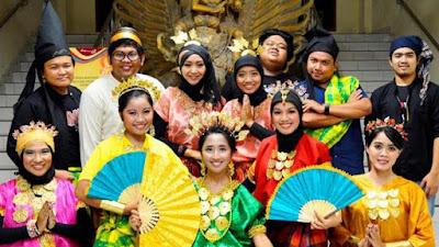 Termasuk Bugis, Inilah 8 Bahasa Daerah yang Paling Banyak Digunakan di Indonesia
