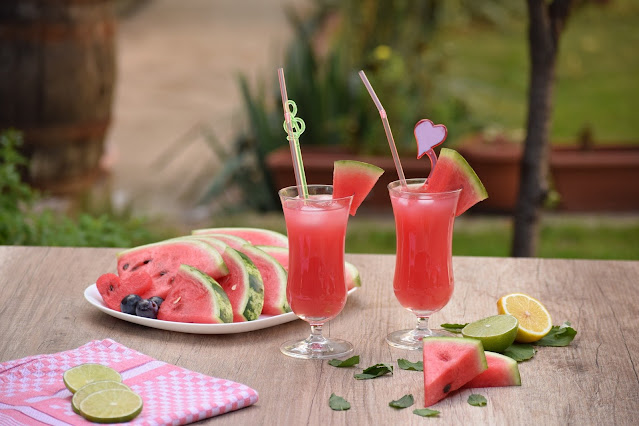 Soft drinks to overcome the summer heat