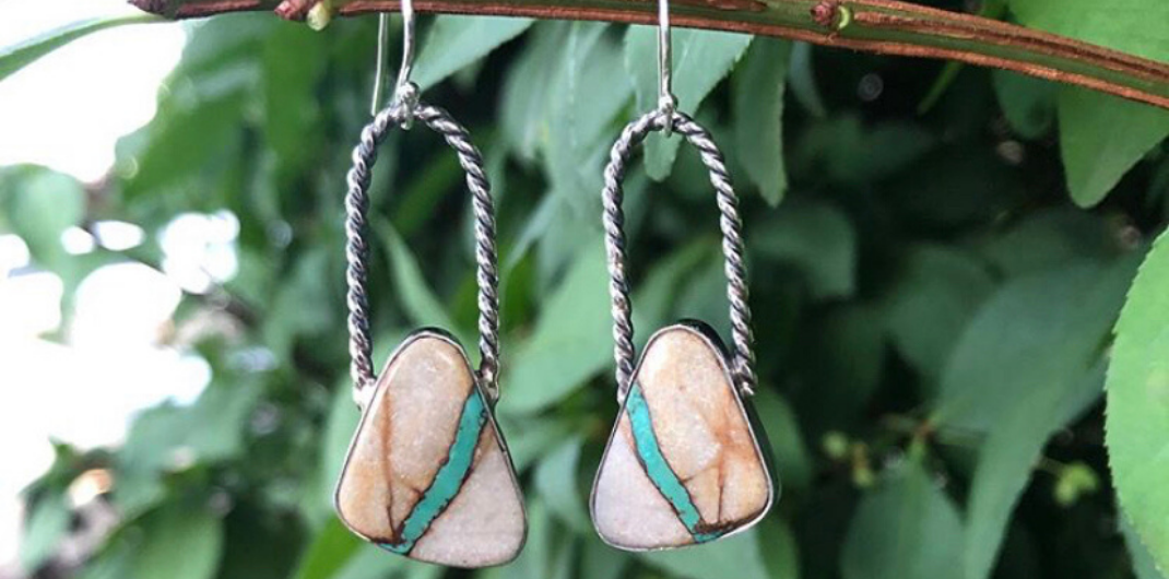 Turquoise Earrings with twisted wire
