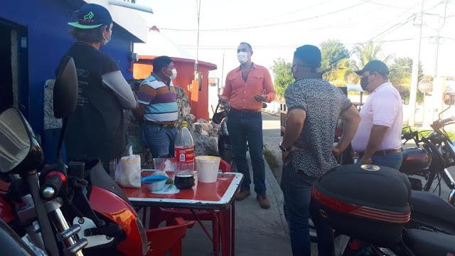 Calles a oscuras y deficiencias en el transporte público en Los Reyes