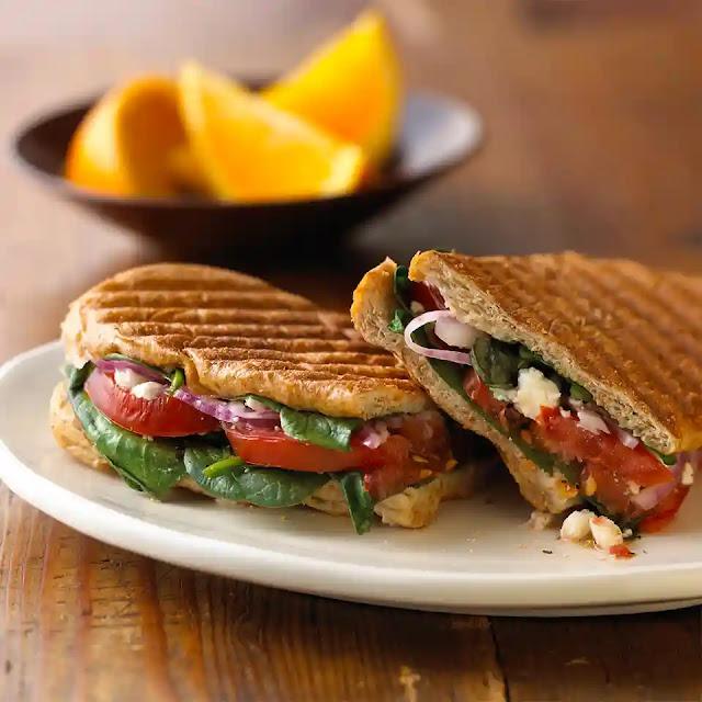 spinach sandwich or palak sandwich