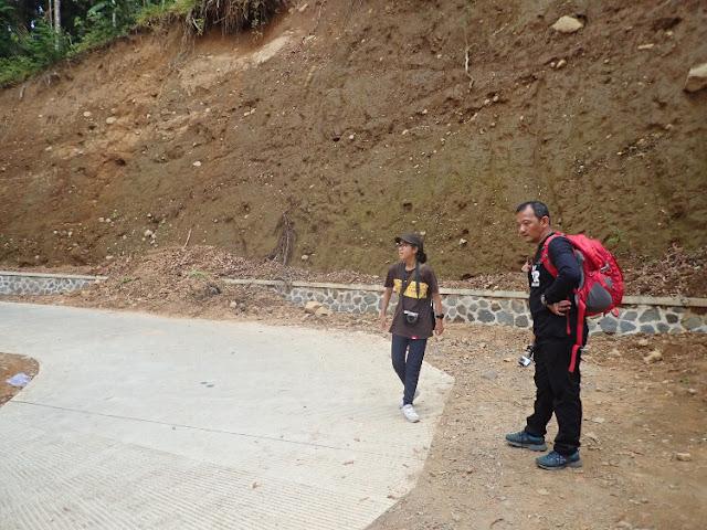 trekking bersama anak