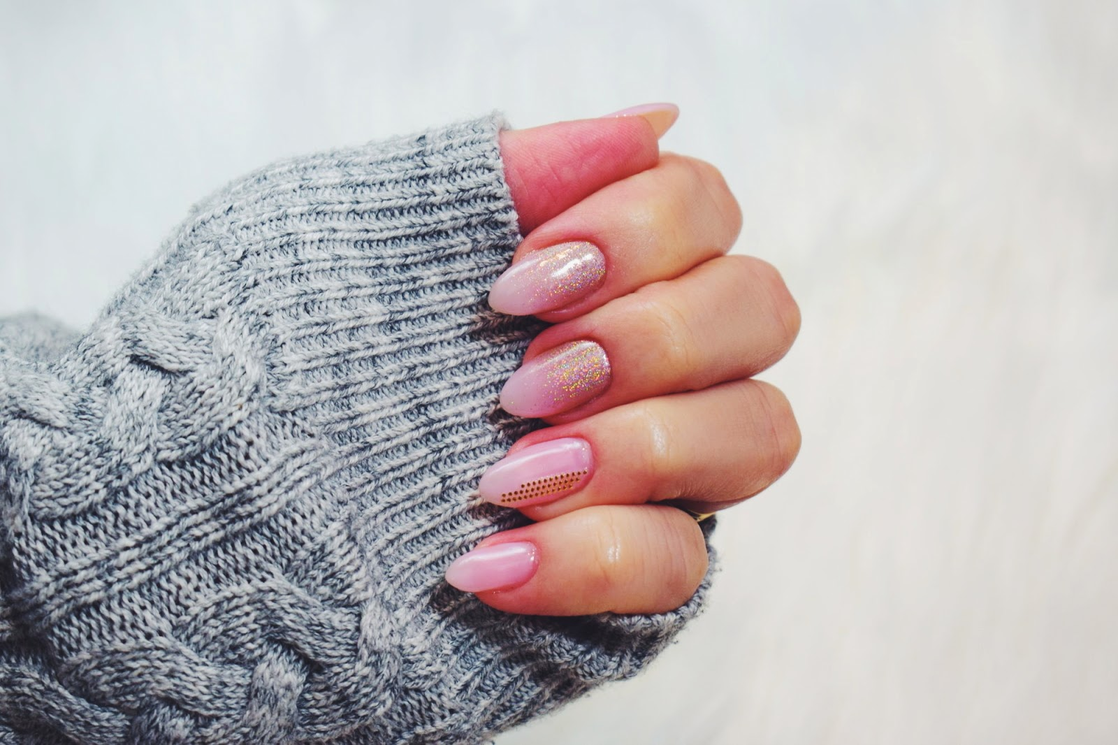 Lakiery hybrydowe Voom Nails