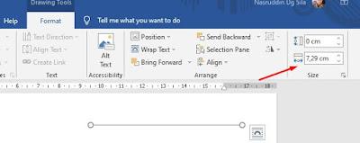 """Bisa juga pada bagian """"Size"""" di tab Format Alat Gambar di ujung kanan atas menyediakan cara alternatif untuk mengubah panjang garis."""