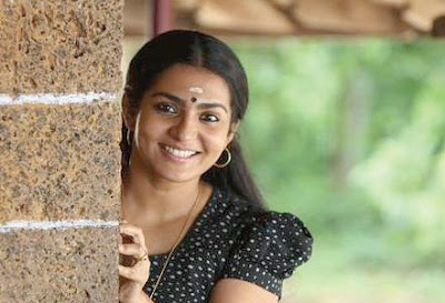 Actress malayalam Parvathy