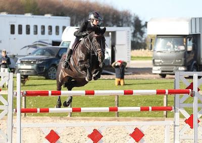 Bex Mason & Vancurtis, show jumpers, horses, horse riding