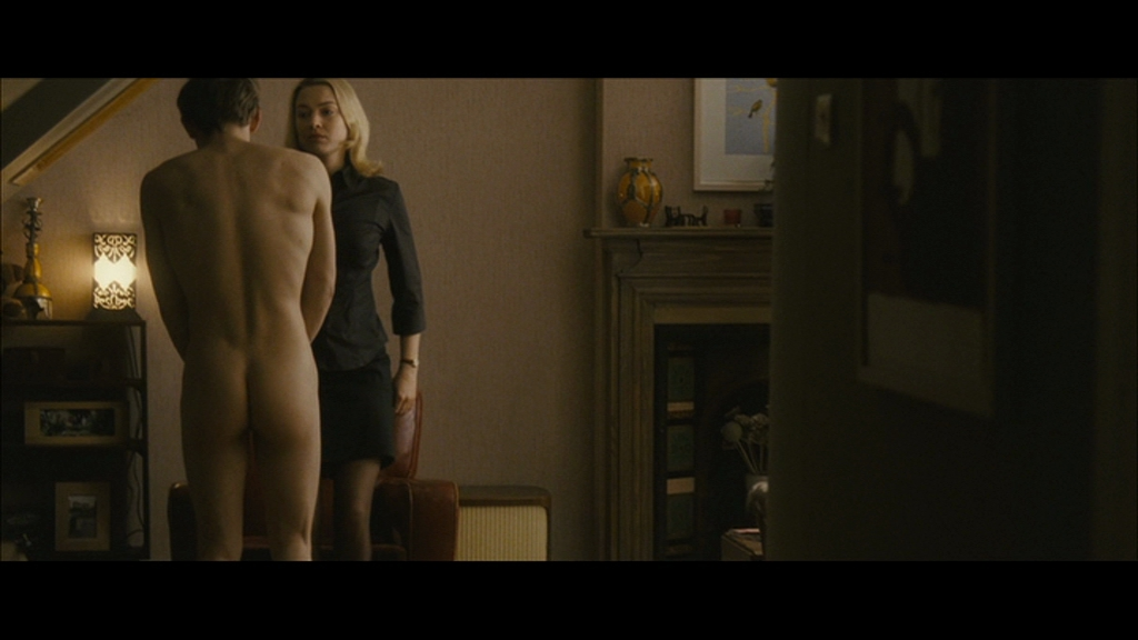 Jaime Bell Nude 23