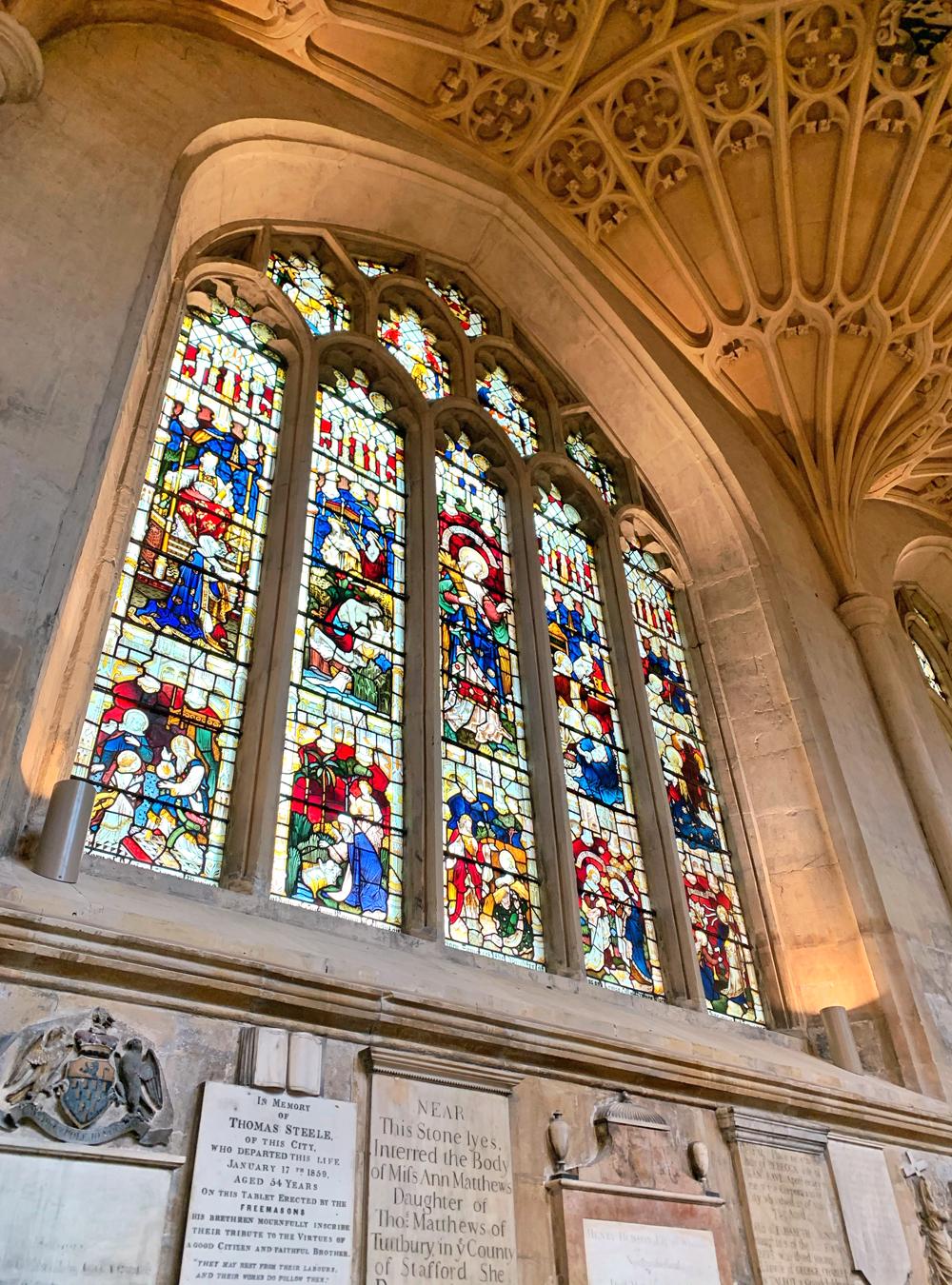 Bath Abbey stained glass windows, English architecture - Emma Louise Layla, UK travel & lifestyle blog