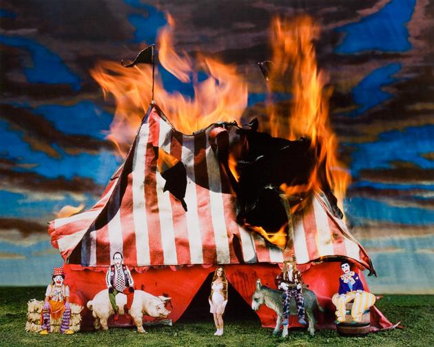 Resultado de imagem para circo a arder