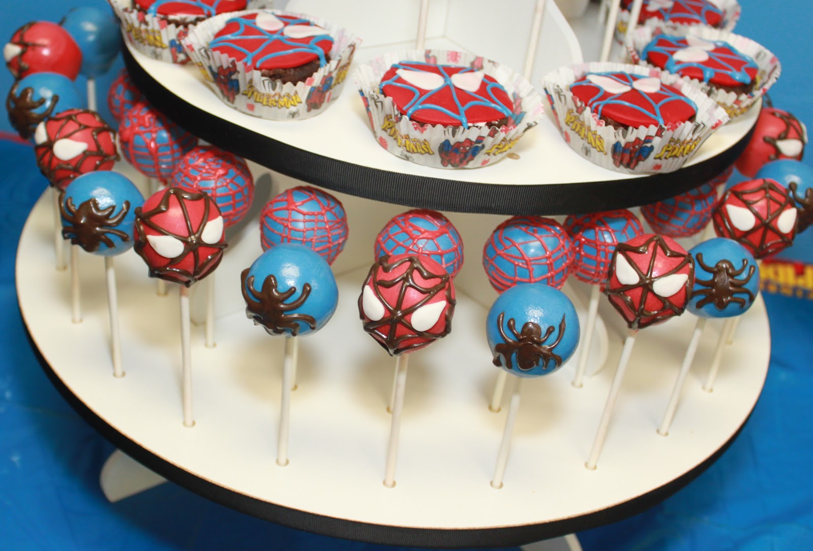The Cake Bomb Cake Pops For All Occasions Birthday Cake