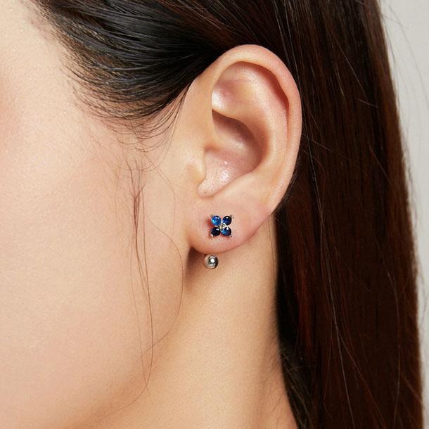 四瓣鋯石小藍花 925純銀耳環