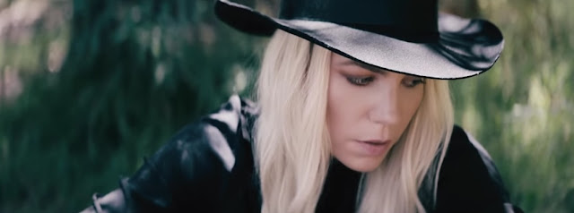 Skylar Grey Premieres 'Lemonade' Music Video