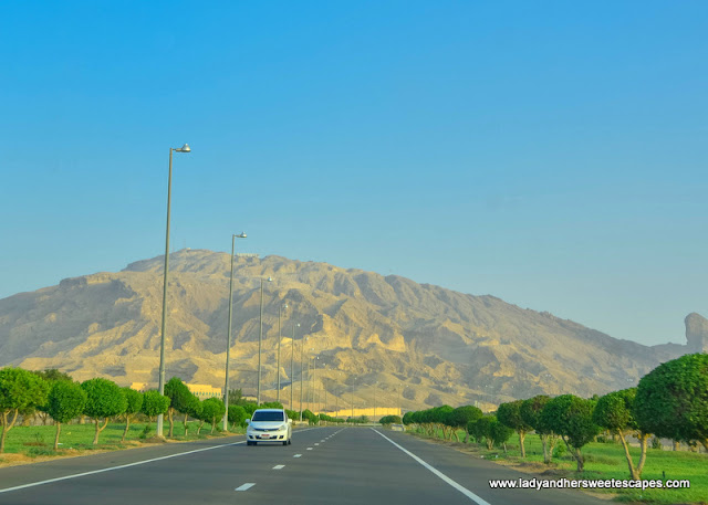 On the way to Jebel Hafeet