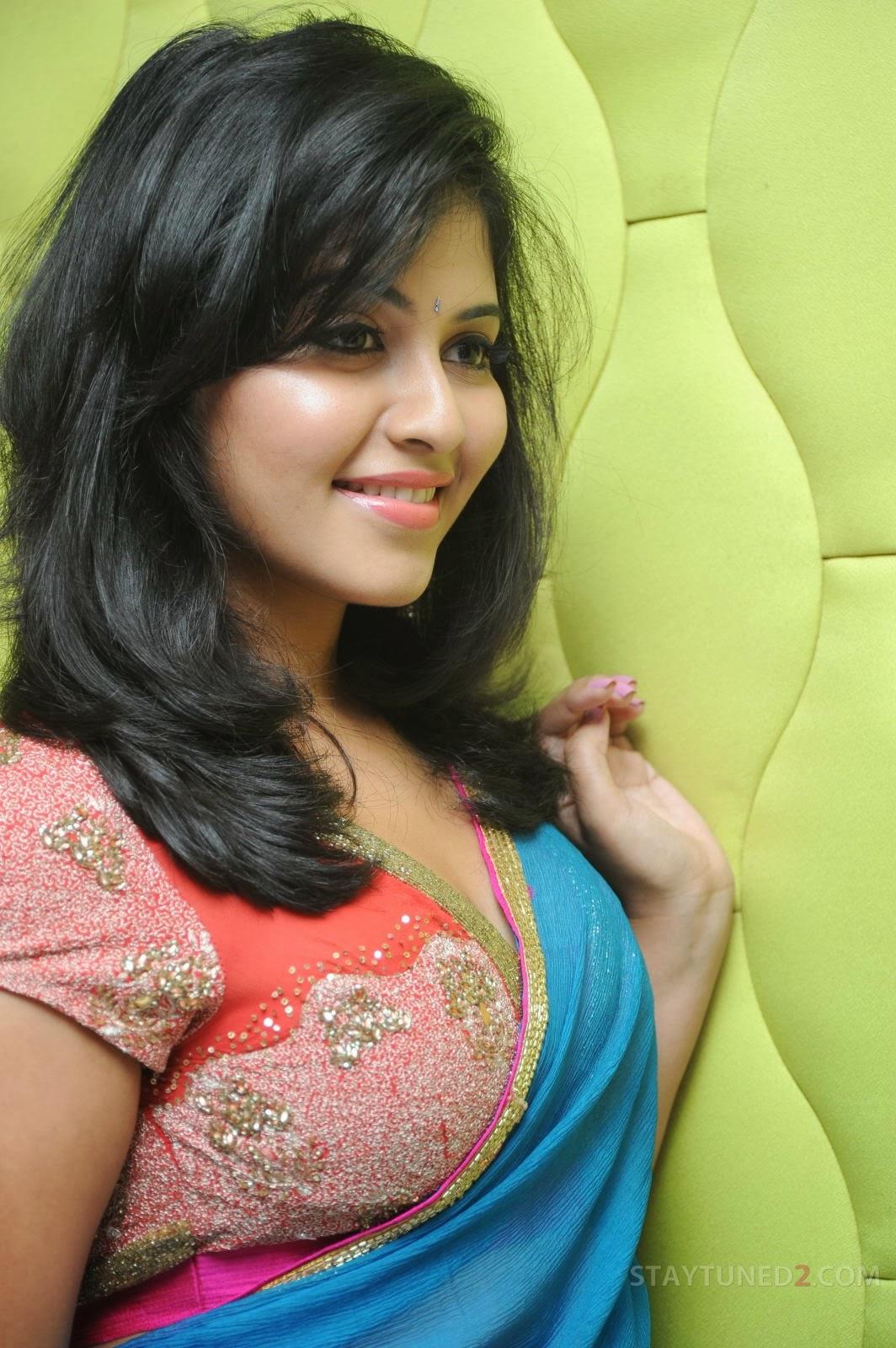Anjali lips, Anjali south actress hot photos