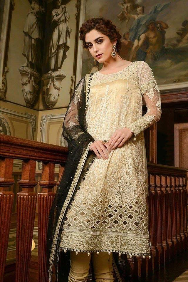 68f4e4797b Beautiful Pakistani Party Dress / Frock On Net With 4 Side Applic Dupatta