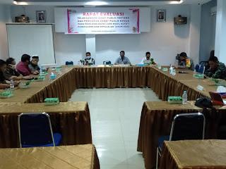 Kabag Ops Polres Pangkep Ikuti Rapat Evaluasi Pelaksanaan dan Persiapan Debat Publik di KPU