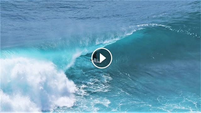 Kelly Slater Surfing Uncrowded Uluwatu - Surfing Bali - 31st October 2020