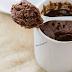 Receita de bolo de caneca vegano saudável de chocolate