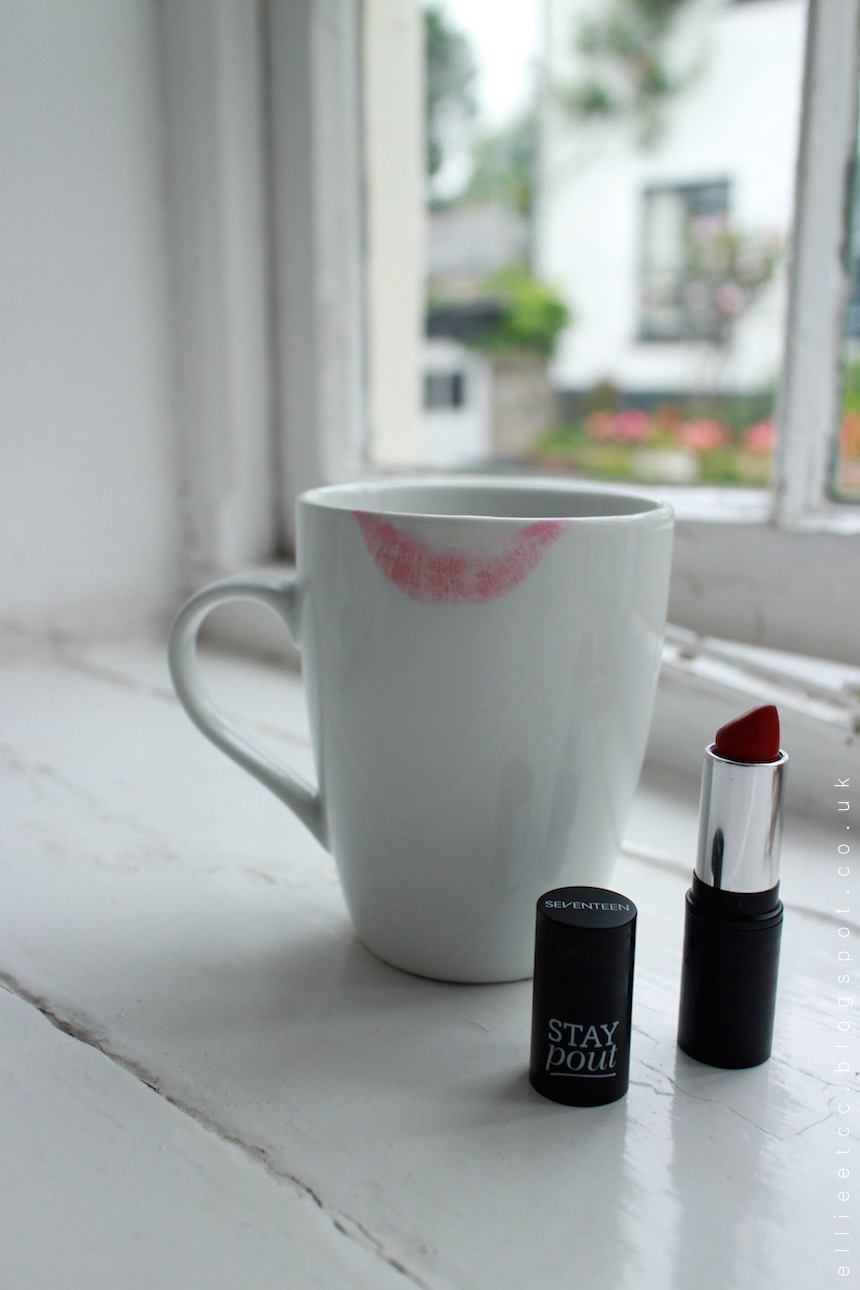 Seventeen, Stay Pout, Boots, lipstick, red lipstick, Infared, make up, beauty, review