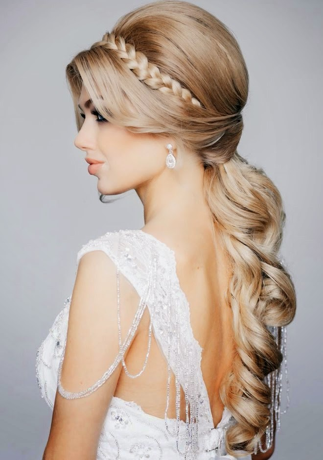 From 18 Jaw Dropping Wedding Hairstyles Below Images Credits Via Elstile