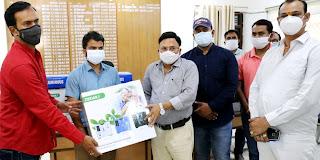 ज्ञान प्रकाश सिंह ने 5ऑक्सीजन कंसंट्रेटर सौंपा | #NayaSaberaNetwork